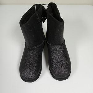 Black Slip On Boots